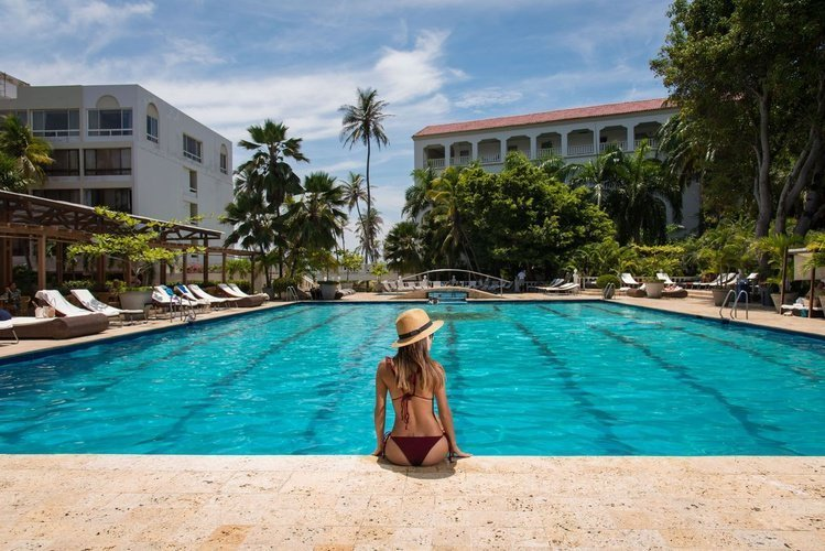 Piscina hotel caribe by faranda grand cartagena